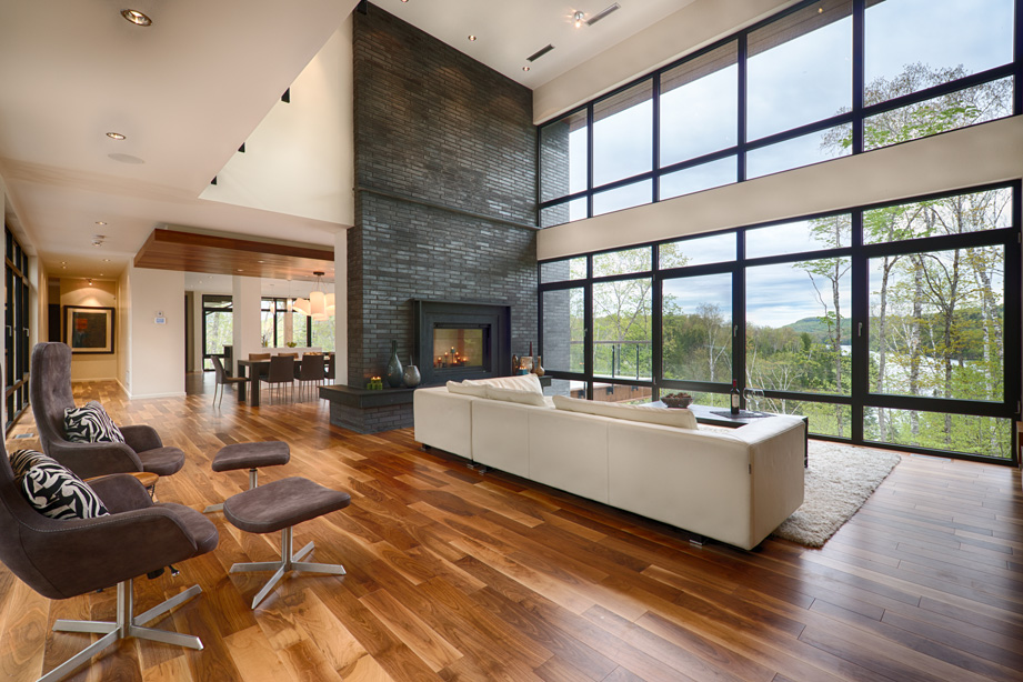 Mont-Tremblant Chalet Rental - Living Room