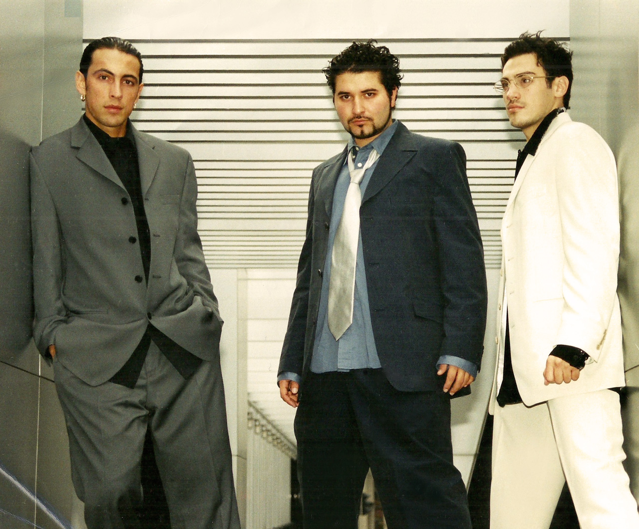 Gentlemen: David Lopera, Jossef Hennessy, Mickael Casol, 2002