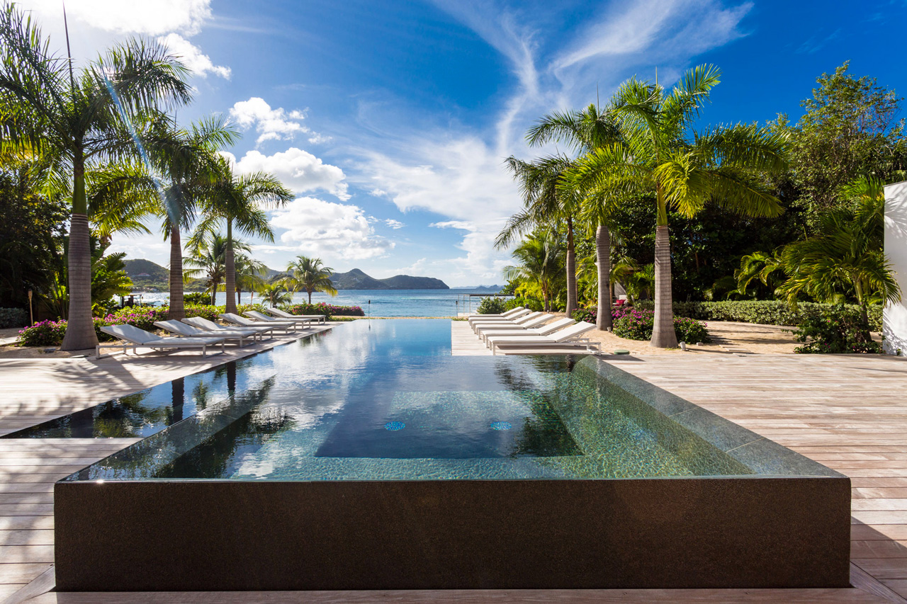 villa palm beach, st-barts beachfront villa / casol villas