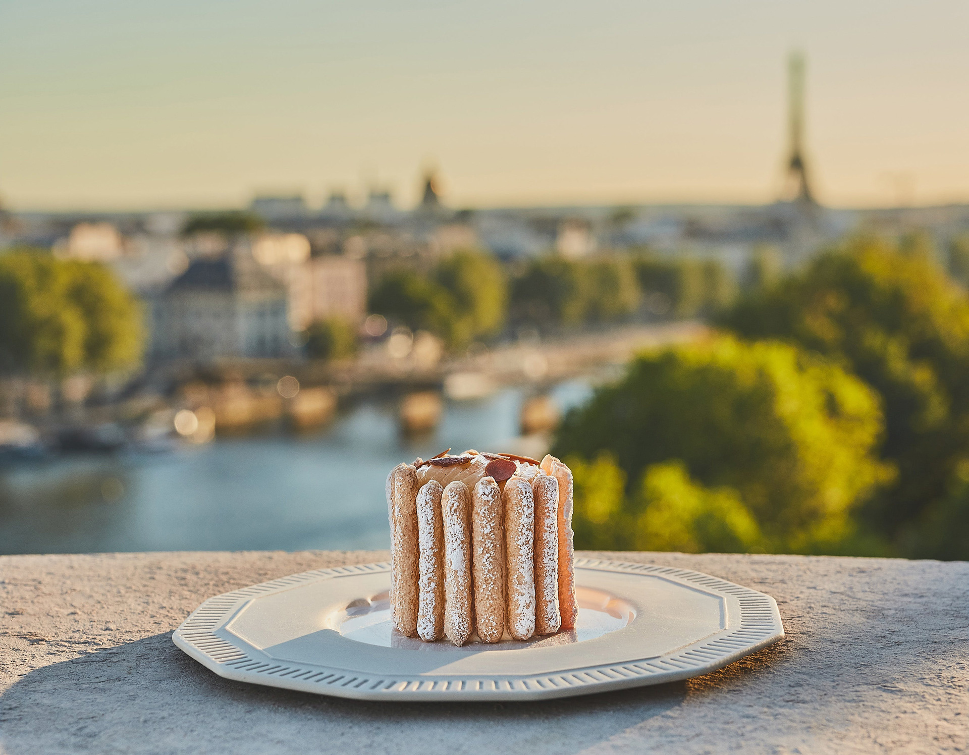 Cheval Blanc Paris, Luxury Hotel France, Restaurant, Casol