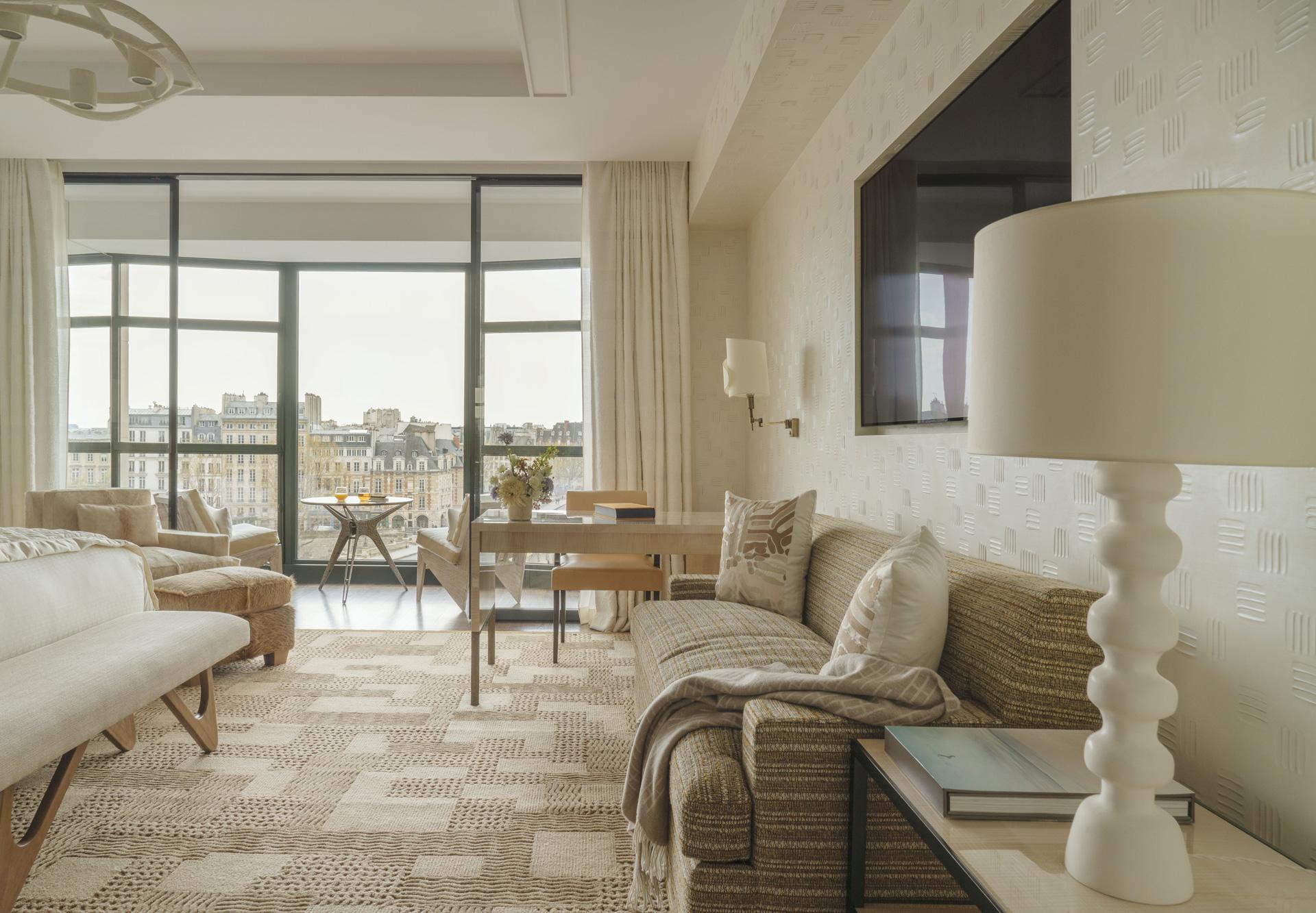 Cheval Blanc Paris, France Luxury Hotel, Seine Junior Suite, Casol