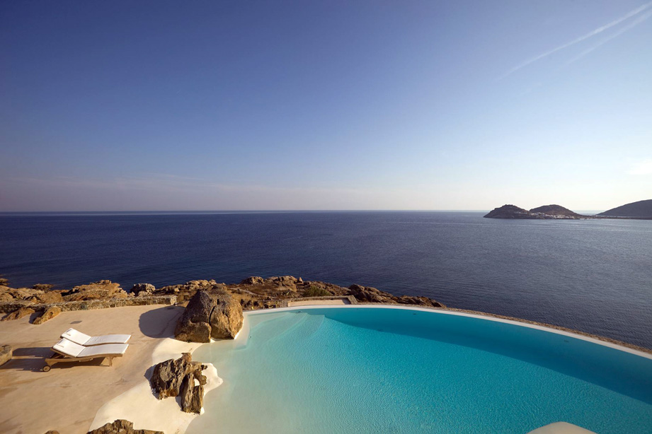 Best Island Beaches For Partying Mykonos St Barts: The Art Of Travel / Casol Villas France Magazine